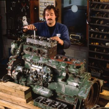 1991 Large industrial engines